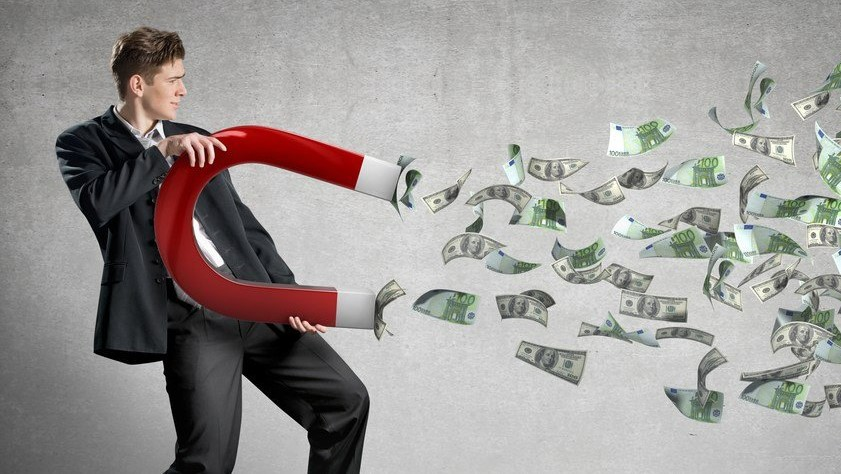 Tips to avoid bankruptcy as a freelance writer